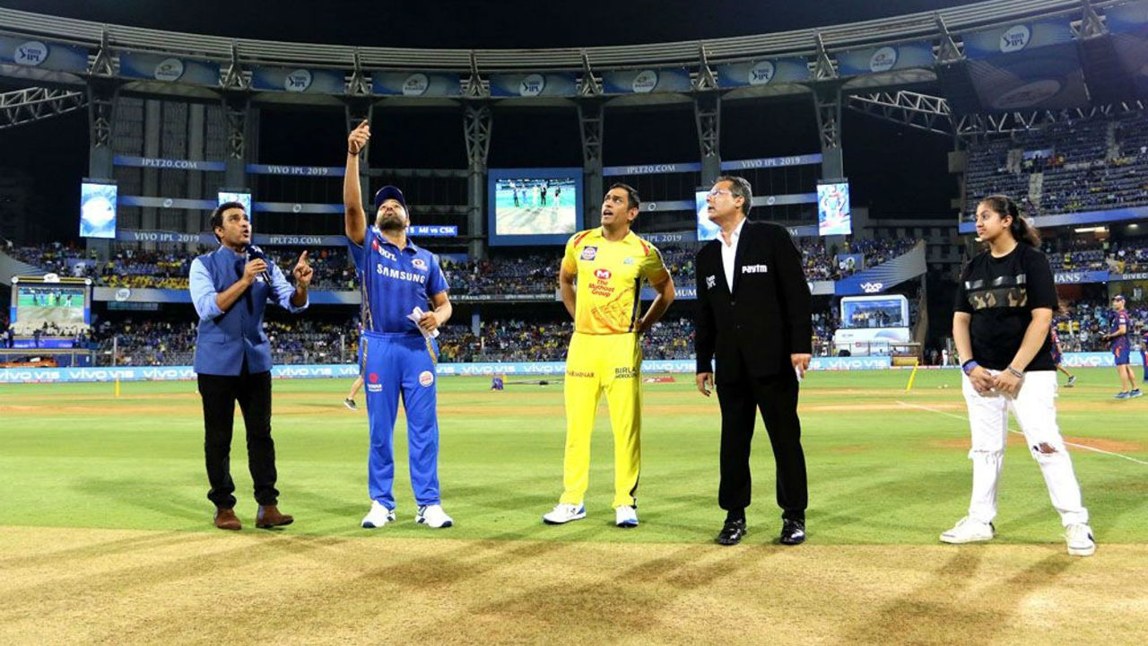 Match 15 of IPL 2019 saw clash of the heavyweights. Mumbai Indians met Chennai Super Kings at Wankhede Stadium. On a pace friendly track, CSK Skipper MS Dhoni won the toss and opted to bowl first.