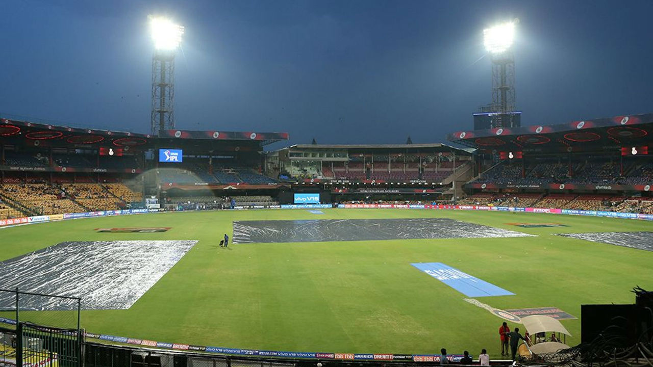 Soon after the toss, it rained heavily in Bangalore and the match could not get underway as the pitch and the outfield was under thick covers.