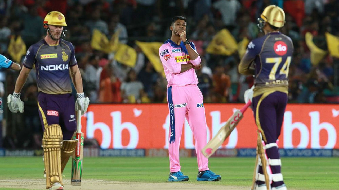 Chasing 139, KKR openers Chris Lynn and Sunil Narine got their team to a blazing start as the two blasted 54 runs in first five overs.
