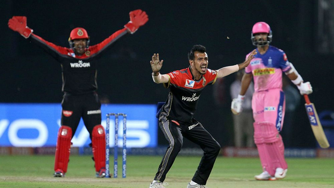Yuzvendra Chahal got RCB the first breakthrough as he trapped Rahane in front of the wickets in the 8th over.