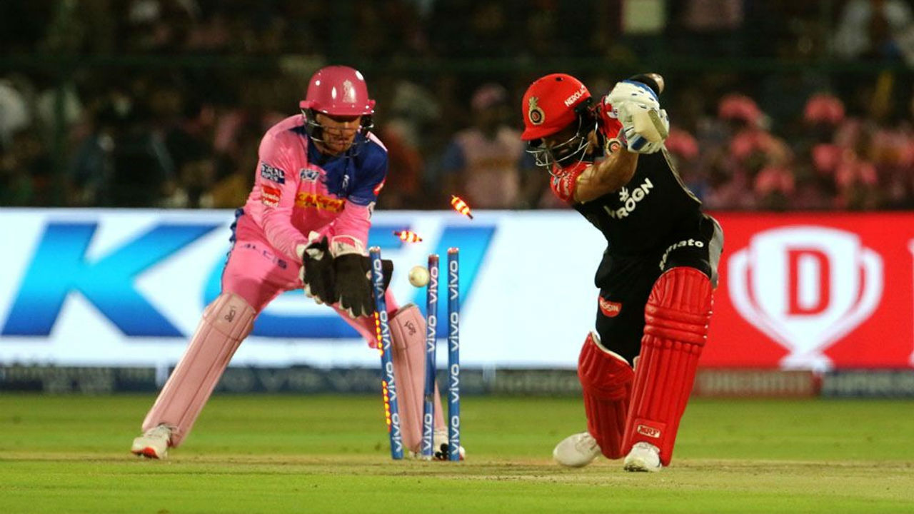 RCB lost the first wicket when Kohli was clean bowled in the 7th over off a delivery by Shreyas Gopal. Kohli made 23 off 25 balls.