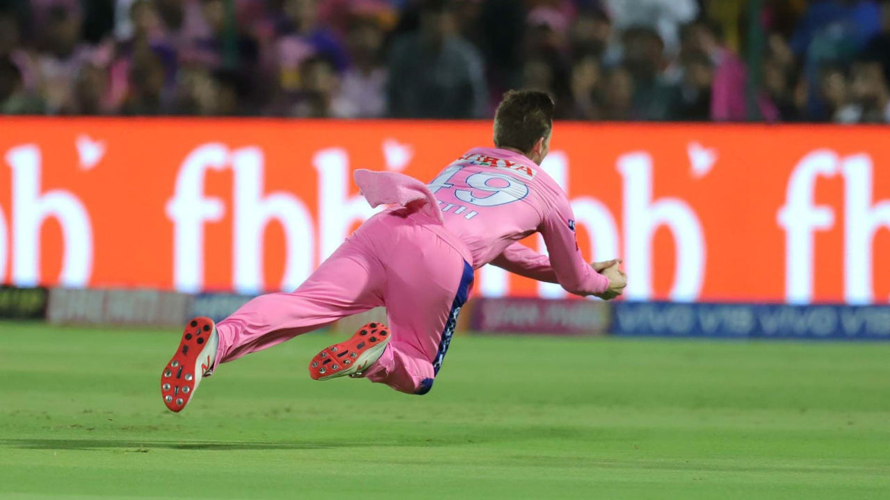 RR captain Steve Smith took a stunning catch running backwards in the 13th over to end Warner's stay at the middle. After five consecutive fifties Warner failed to convert his start into a considerable as he was dismissed on 37. SRH were 103/2 at loss of Warner's wicket.