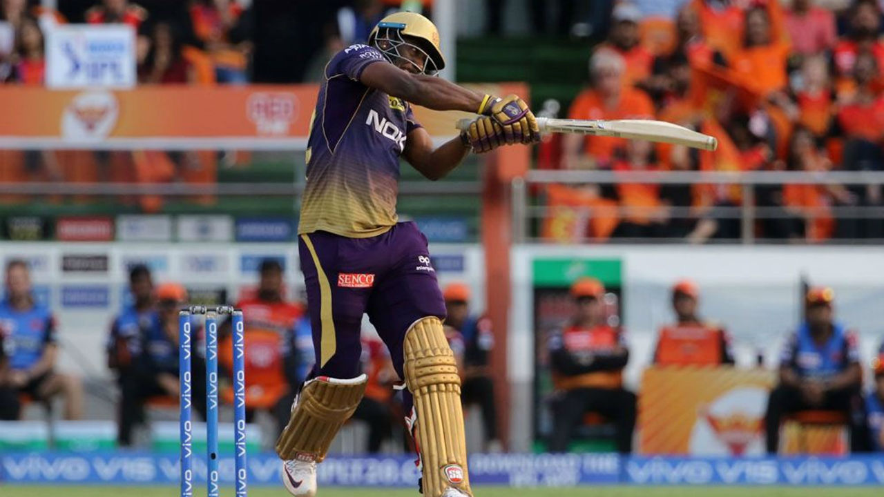 Andre Russell scored 15 from 9 balls before Bhuvnehswar Kumar got him caught by Rashid Khan in the 19th over. KKR finished with the score of 159/8.