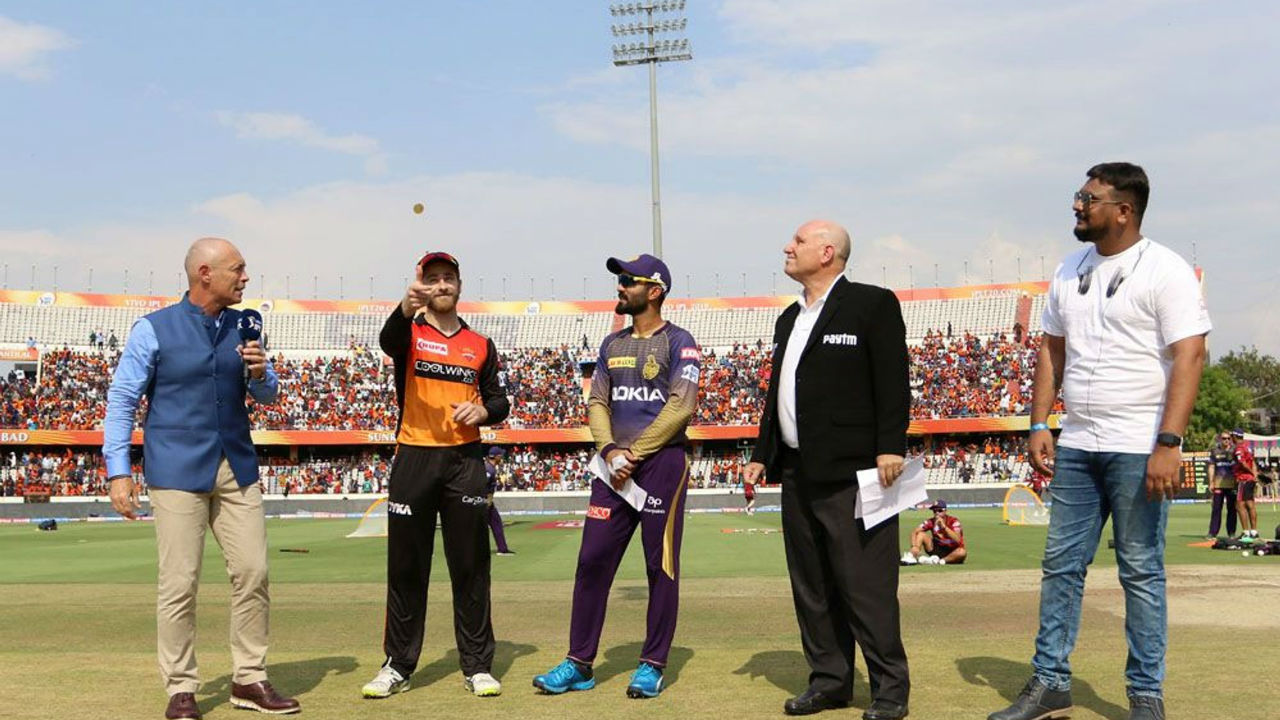 For match 38 of IPL 2019 Kolkata Knight Riders took on Sunriseres Hyderabad at the Rajiv Gandhi International Cricket Stadium, Hyderabad. SRH skipper Kane Williamson won the toss and opted to bowl first.