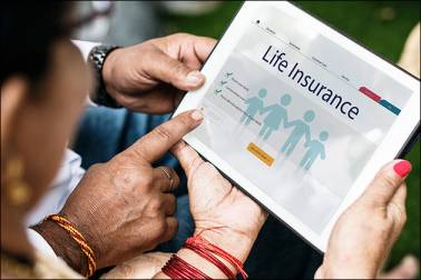 From buying to claim settlement, tech has made the life insurance journey easy.