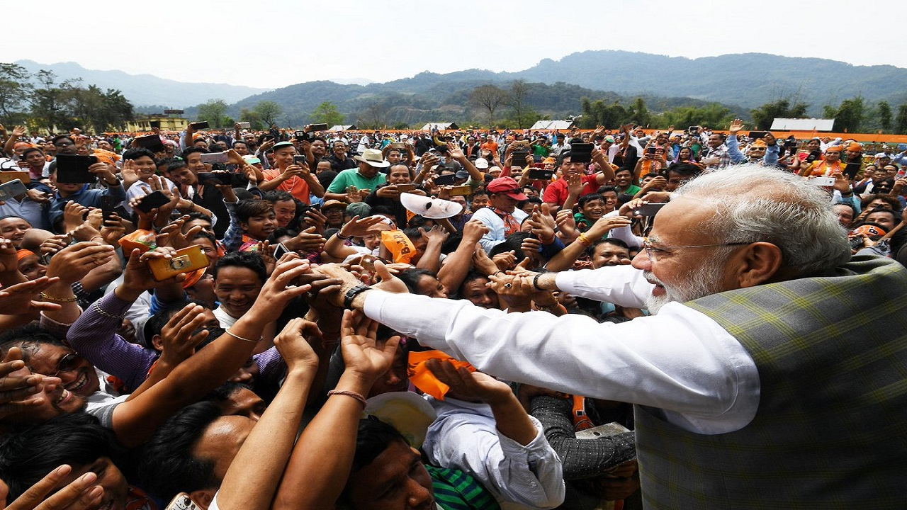 Prime Minister Narendra Modi being greeted by crowd during a rally. (Photo: BJP, Twitter)