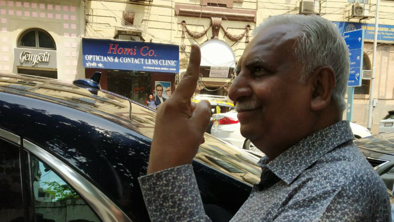 Jet Airways founder Naresh Goyal after casting his vote. (Image: CNBC-TV18/Twitter)