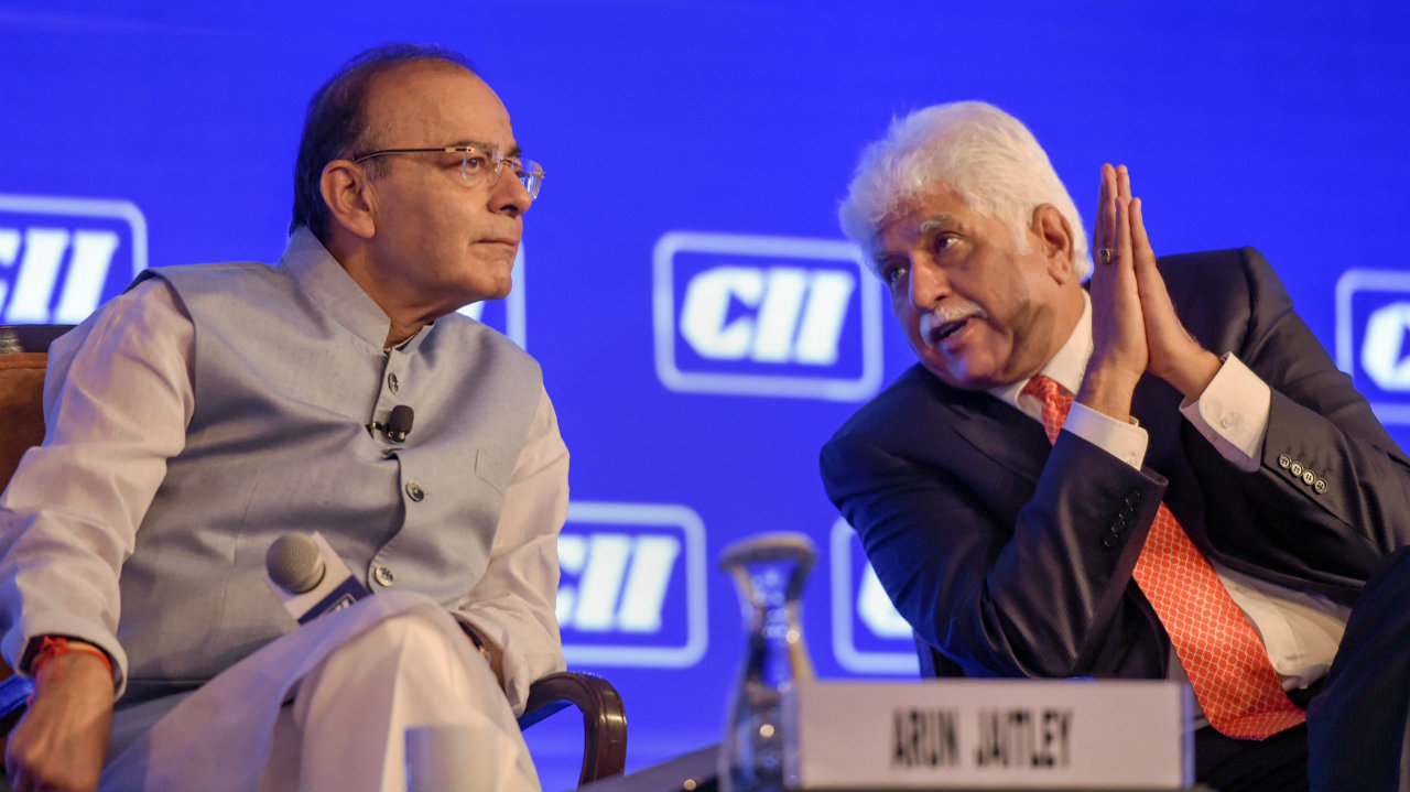 Finance Minister Arun Jaitley and CII President Rakesh Bharti Mittal at the CII Annual Session 2019, in New Delhi. (Image: PTI)