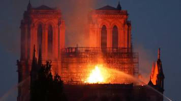 More yellow vest protests despite Notre Dame fire