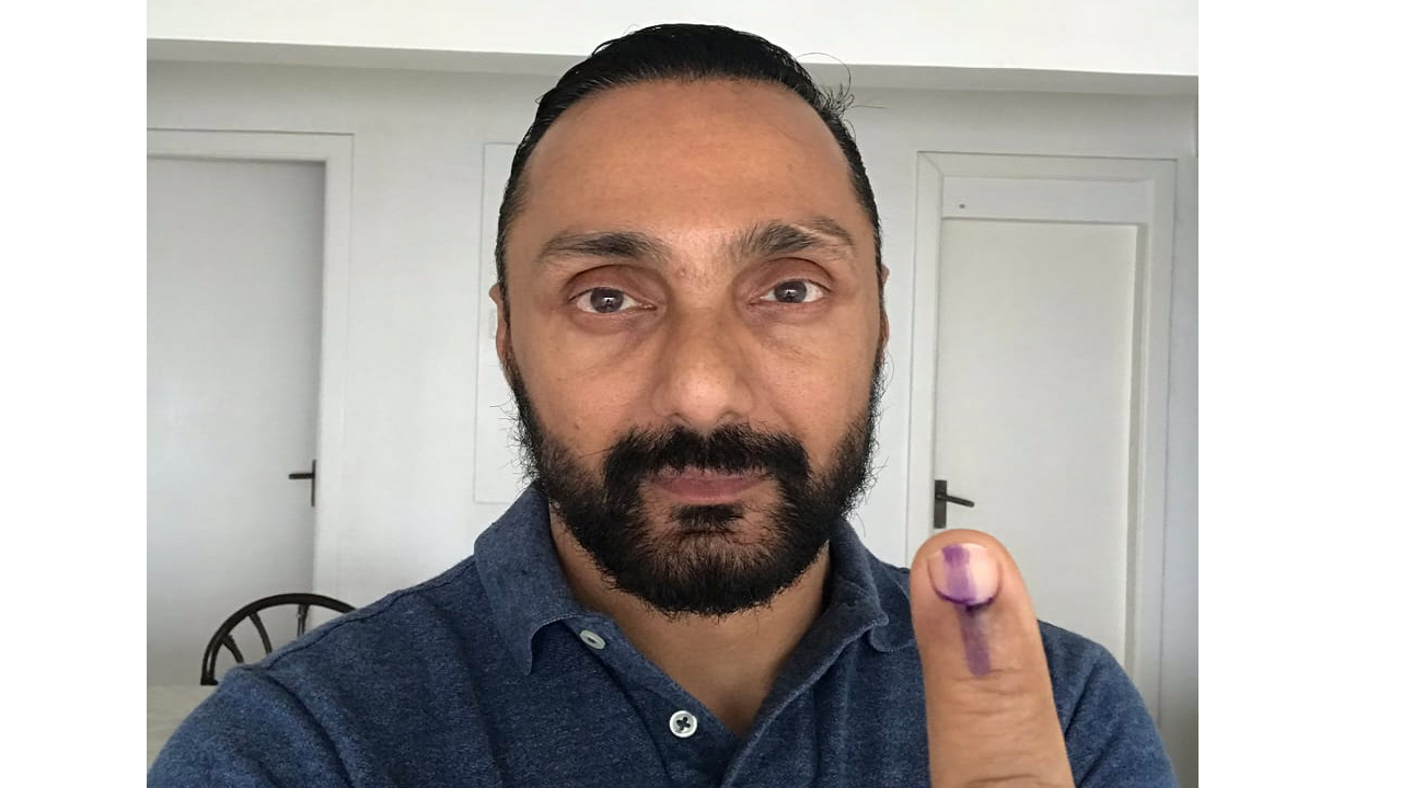 Actor Rahul Bose posted a picture of his inked finger after voting in Lok Sabha elections 2019. (Image: Twitter)