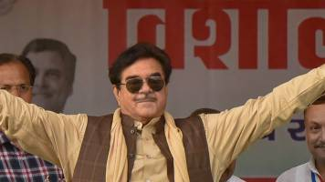 Note ban, GST by 'two-men army' hit economy: Shatrughan Sinha