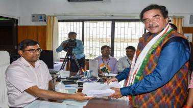 Shatrughan Sinha files nomination papers from Patna Sahib