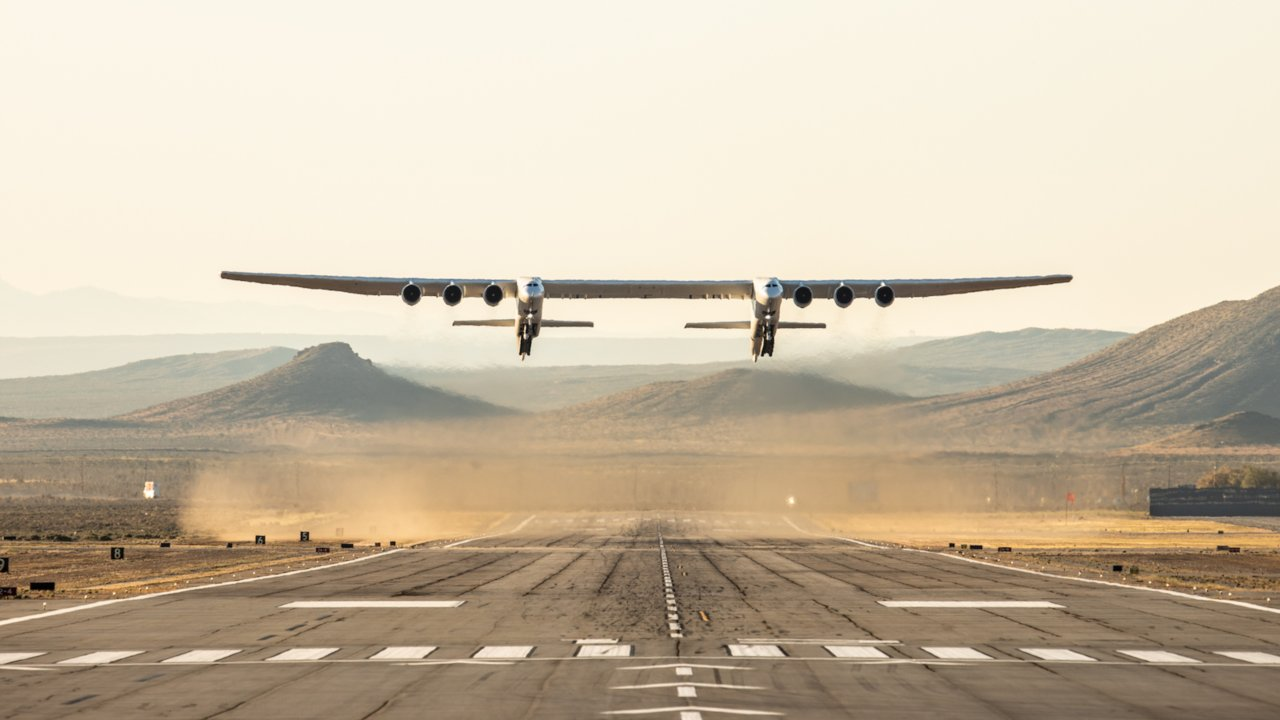 The jet flew for about two and a half hours, reaching a maximum speed of 304 kmph and altitude of up to 17,000 feet in its maiden flight. (Image: Stratolaunch website)