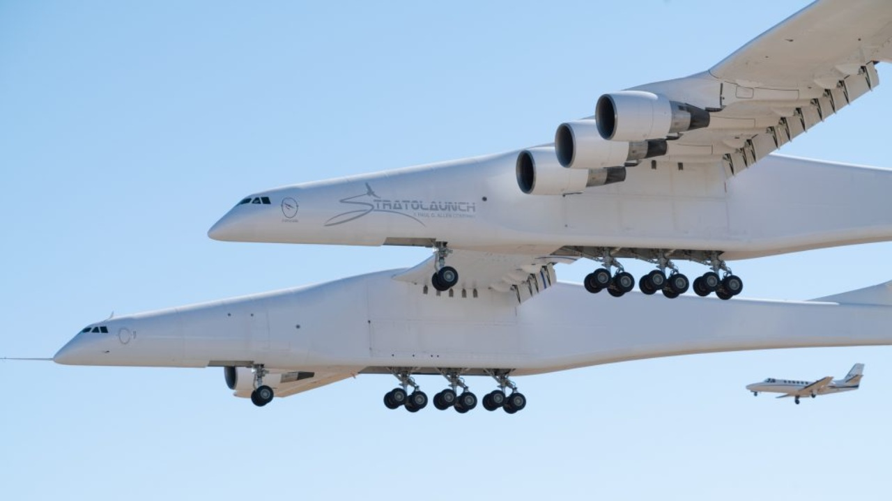The plane built by American aerospace company Scaled Composites, was made by reassembling parts from two used Boeing jetliners. It has dual fuselages, 28 wheels and six Boeing 747 engines. (Image: Stratolaunch website)