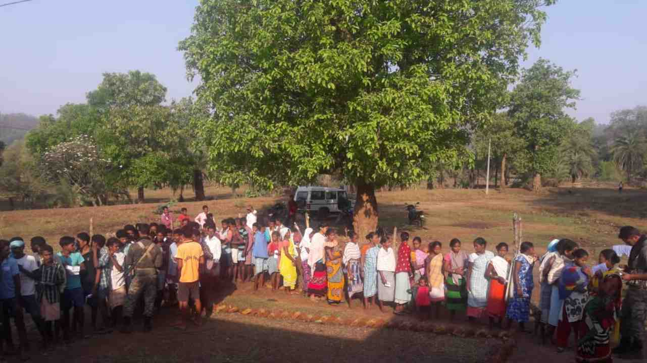 People in Chhattisgarh's Naxal hotbed Sukma queue to cast their vote, despite recent attacks by Maoists in the area. (Image: Twitter/ @SpokespersonECI)