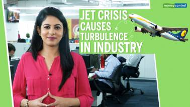 Jet crisis causes turbulence in industry