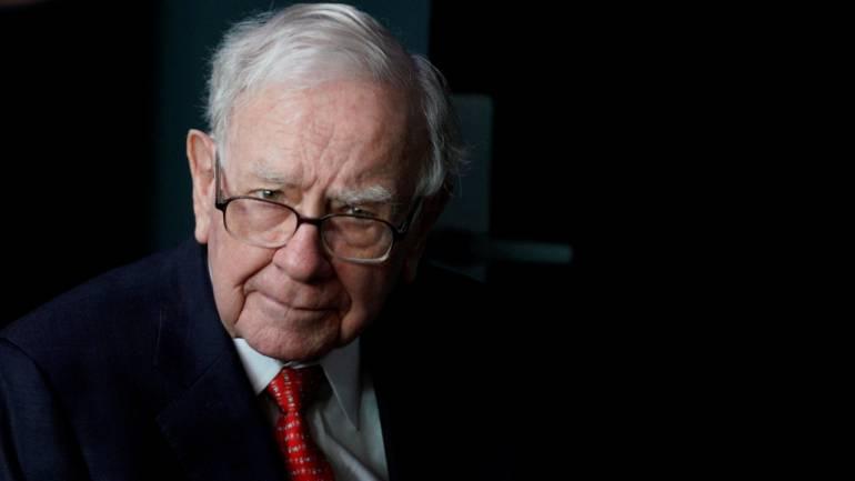 Warren Buffett's Berkshire Hathaway sells airline stocks worth nearly $400 m