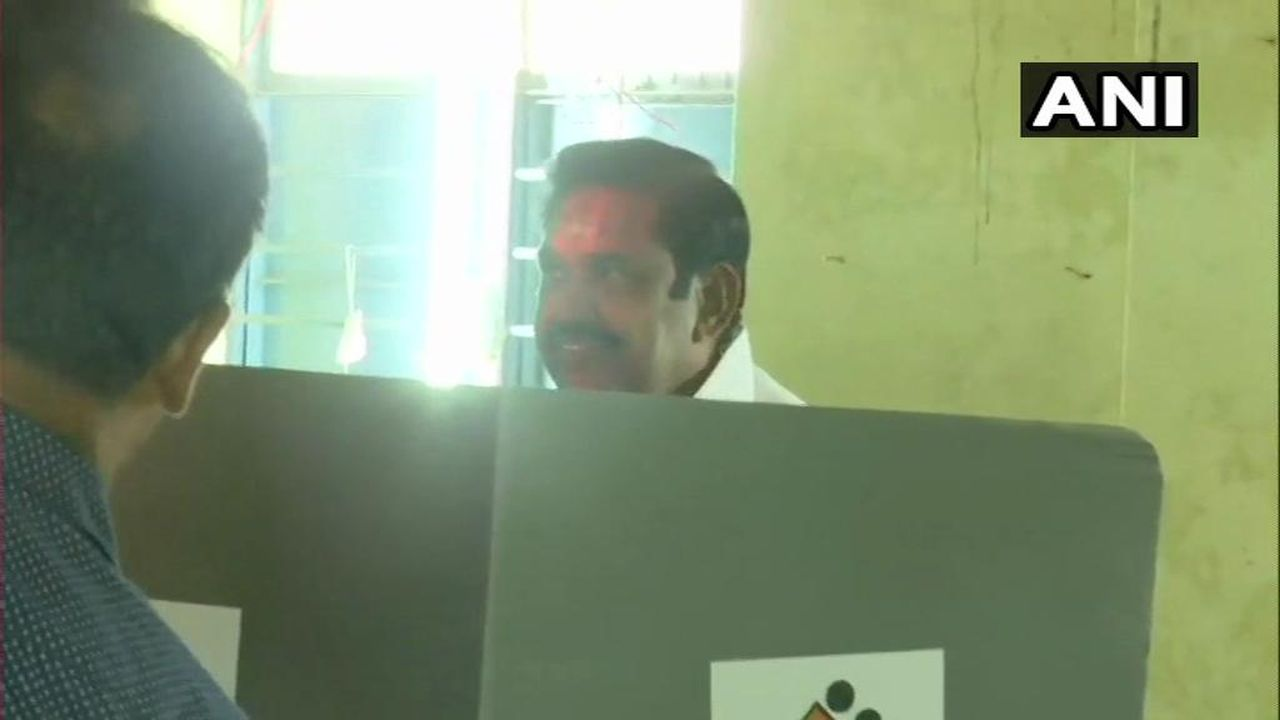 Tamil Nadu Chief Minister Edappadi K Palanisamy cast his vote at a polling station in Edappadi, Selam. (Image: Twitter/@ANI)