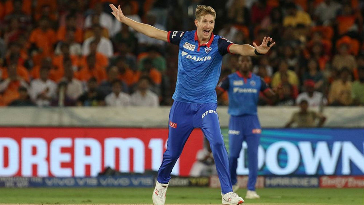 Chris Morris bowled a splendid 18th over where he dismissed Deepak Hooda (3), Rashid Khan (0) and Abhishek Sharma (2). Morris finished with 3/22 as SRH were reduced to 112/8 at the end of the 18th over. (Image: BCCI, iplt20.com)