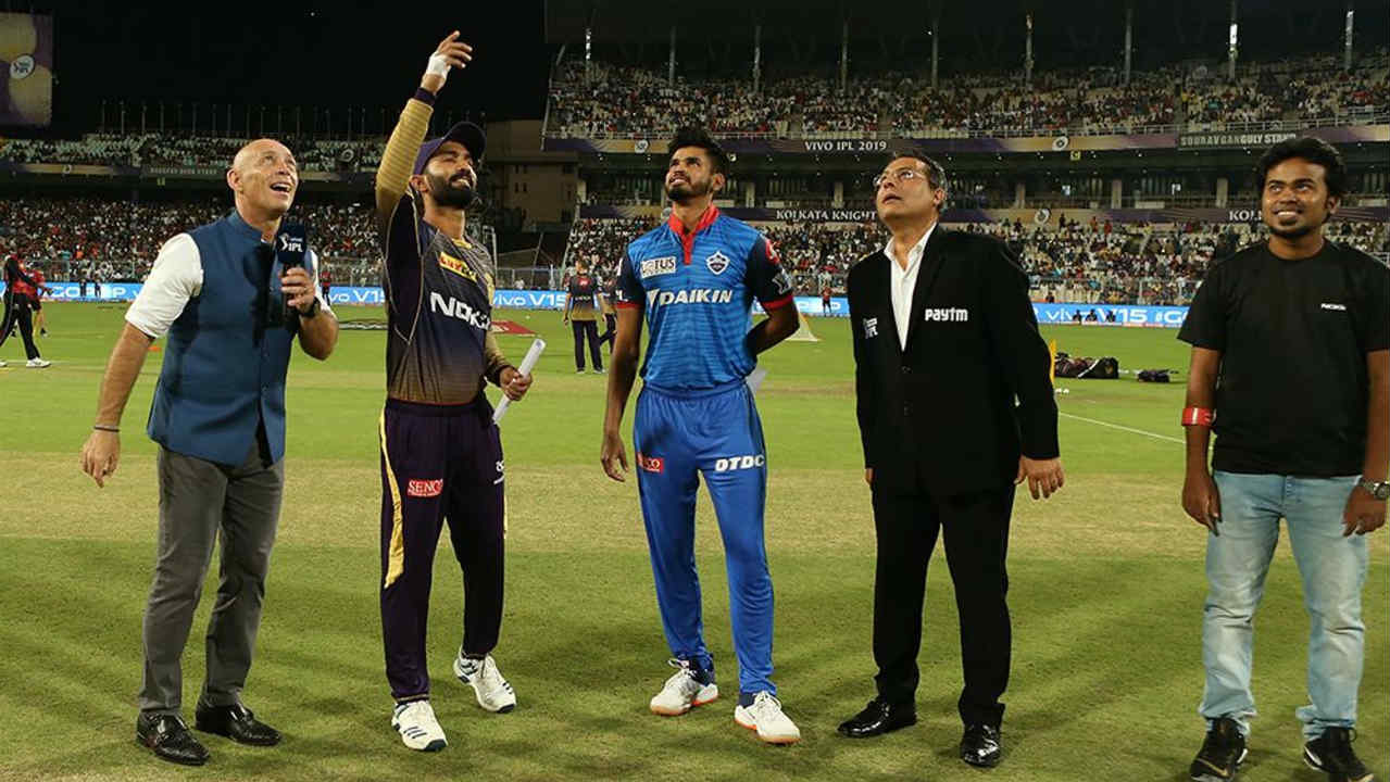 Kolkata Knight Riders (KKR) welcomed Delhi Capitals (DC) to the Eden Gardens for match 26 of the 2019 Indian Premier League (IPL). Kolkata made three changes with Chris Lynn, Sunil Narine and Harry Gurney replaced by Lockie Ferguson, Joe Denly and Carlos Brathwaite. Delhi made just one change with Keemo Paul replacing Sandeep Lamichhane. Shreyas Iyer won the toss and opted to bowl. (Image: BCCI, iplt20.com)