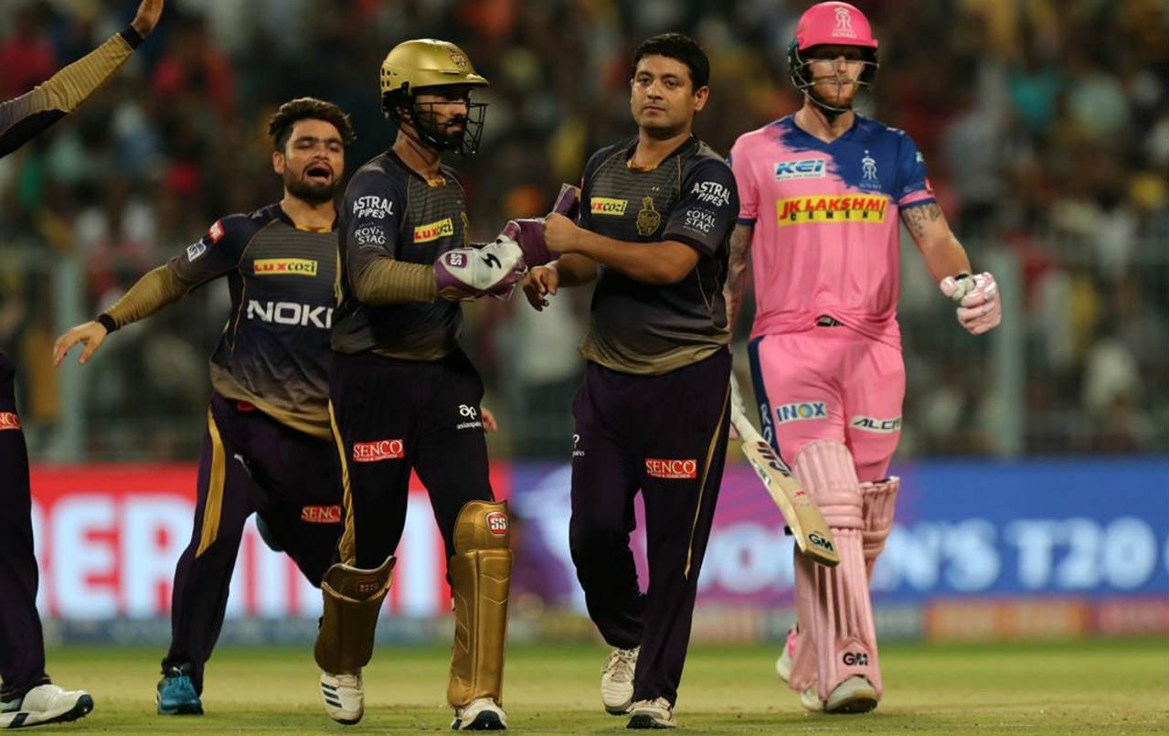 The wickets kept falling as Chawla struck twice first in the 11th over to get rid of Ben Stokes and then in the 13th over to send back Stuart Binny. Both batsmen made only 11 runs each as RR were left struggling at 98/5 still needing 78 from 45 balls to win. (Image: BCCI, iplt20.com)