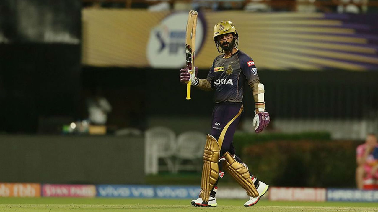 Dinesh Karthik batted beautifully despite the wickets falling at the other end. The KKR skipper brought up his fifty off just 35 balls in the 17th over and finished unbeaten with 97* off just 50 balls. The knock was Karthik's best-ever score in the IPL and helped KKR post 175/6. (Image: BCCI, iplt20.com)