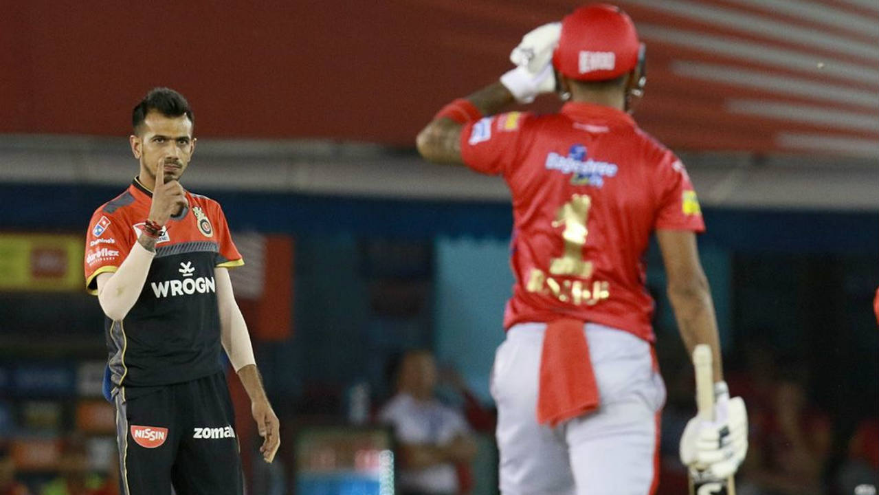 The partnership was broken in the 7th over when Yuzvendra Chahal got KL Rahul stumped. The KXIP opener returned with 18 off 15 balls. (Image: BCCI, iplt20.com)