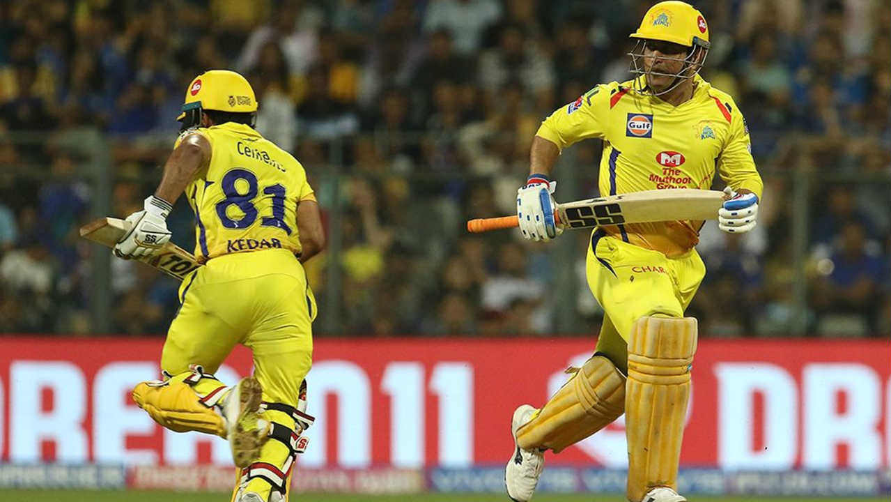 MS Dhoni and Kedar Jadhav then added 54 runs off 56 balls for the fourth wicket to give Chennai some home of making a comeback. (BCCI, iplt20.com)
