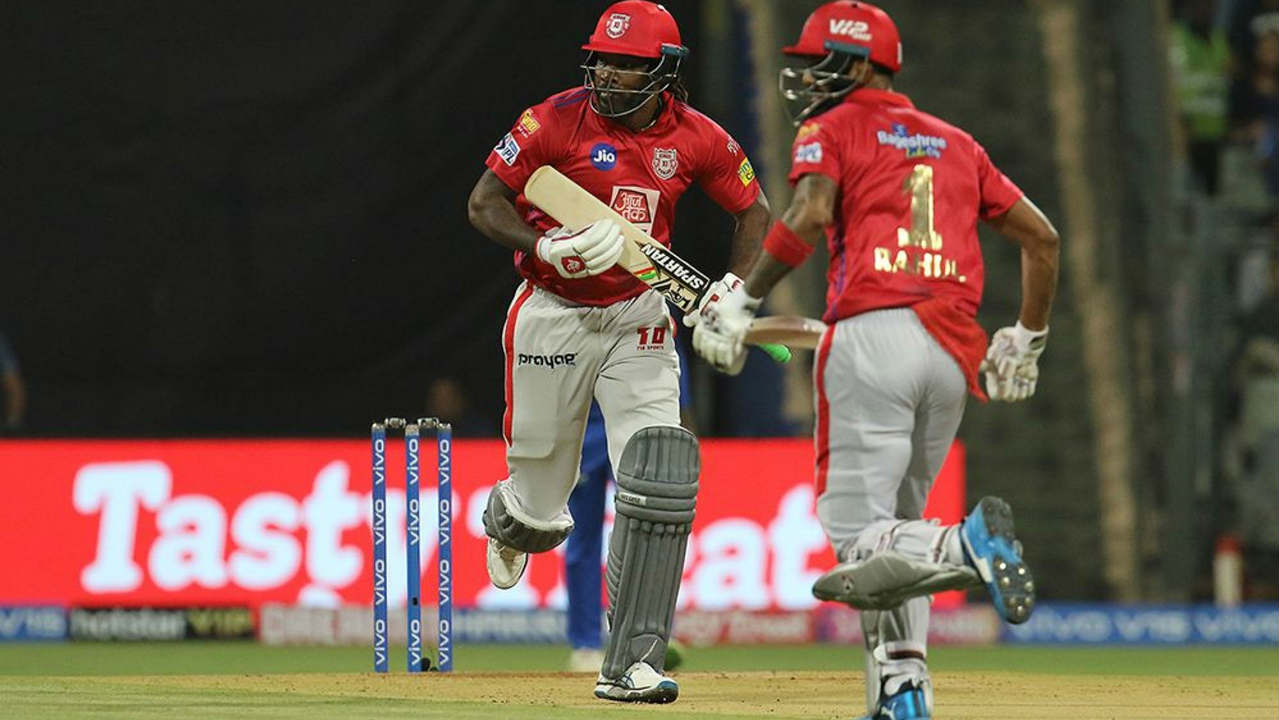 KXIP got off to a rollicking start with Chris Gayle and KL Rahul taking 50 runs inside the first six powerplay overs. The duo scored a quick pace hitting the Mumbai bowlers to all corners of the park. (Image: BCCI, iplt20.com)
