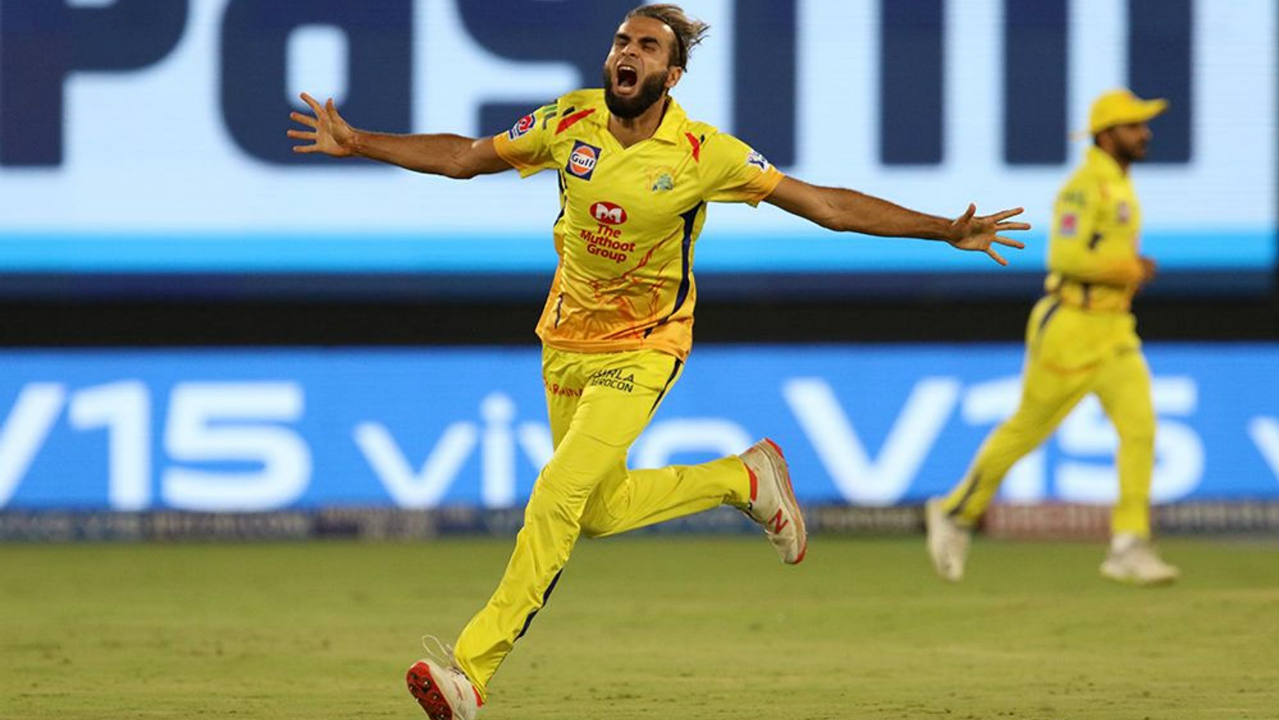Kane Williamson couldn't get going and was dismissed by Imran Tahir in the very next over. Williamson chipped a ball back to Tahir who did well to take the catch. The SRH skipper made just 3 runs. (Image: BCCI, iplt20.com)