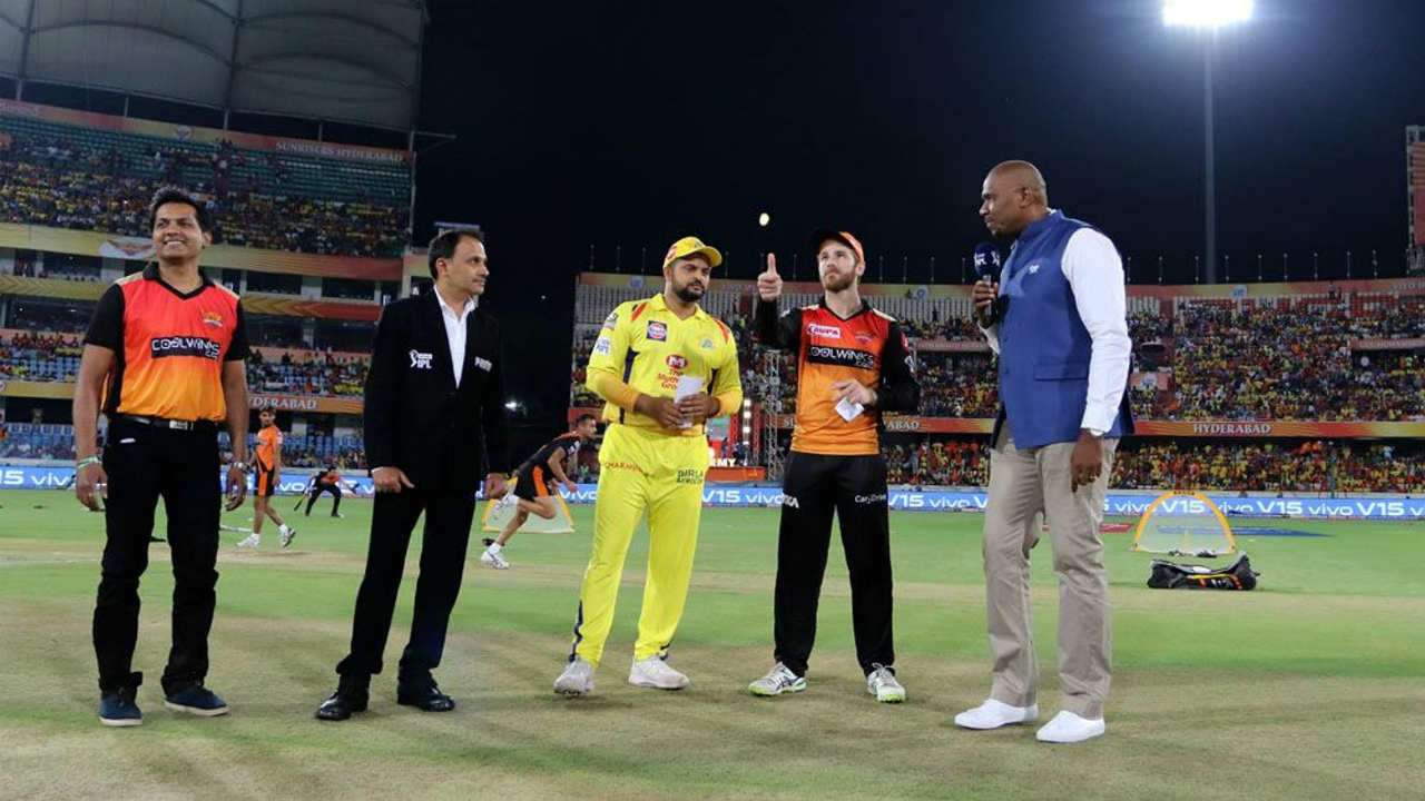 Sunrisers Hyderabad (SRH) played host to the Chennai Super Kings (CSK) for match 33 of the Indian Premier League (IPL). The big news for CSK was that their skipper MS Dhoni was sitting out of this game due to troubles with his back. Suresh Raina led the side in Dhoni's absence. Chennai won the Toss and opted to bat. (Image: BCCI, iplt20.com)