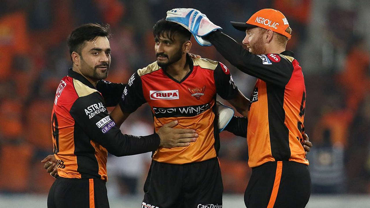 The partnership was finally broken by Bhuvneshwar Kumar who picked up his 100th scalp for SRH when he got Iyer caught behind in the 16th over. Pant was caught out in the very next over bowled by Khaleel. Delhi were reduced to 127/5 when Pant walked back. (Image: BCCI, iplt20.com)
