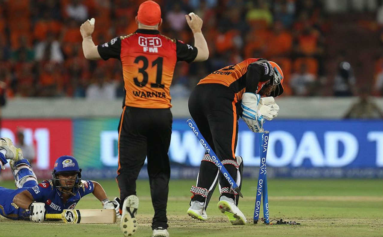 Krunal Pandya and Ishant Kishan added 20 runs for the fourth wicket but both batsmen departed within the span of 7 deliveries. Kaul got Krunal caught behind the wicket in the 12th over and Ishan Kishan was run out thanks to some handy glove work by Bairstow in the next over. (BCCI, iplt20.com)