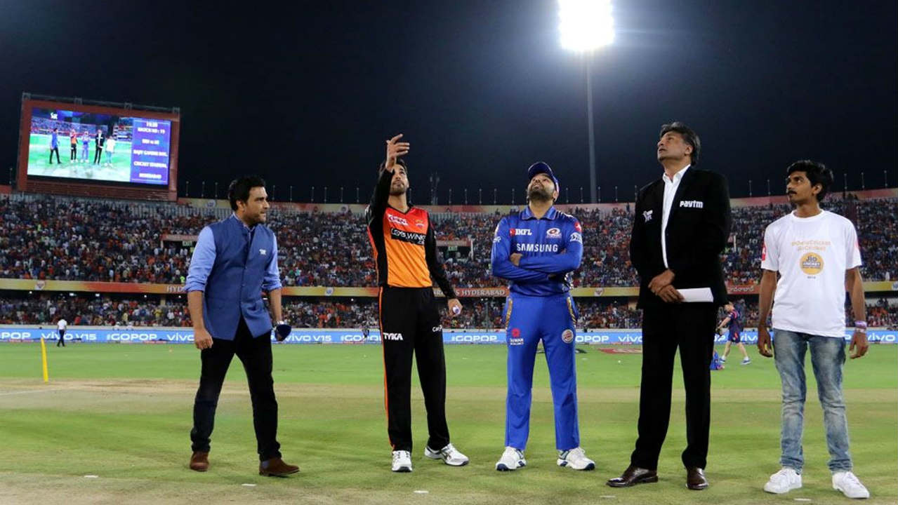Sunrisers Hyderabad (SRH) welcomed the Mumbai Indians (MI) to the Rajiv Gandhi International Stadium, Hyderabad for match 19 of the 2019 Indian Premier League (IPL). While SRH named an unchanged side, Mumbai made two changes with Alzarri Joseph and Ishan Kishan replacing Lasith Malinga and Yuvraj Singh. Bhuvneshwar Kumar won the toss and opted to bowl. (BCCI, iplt20.com)