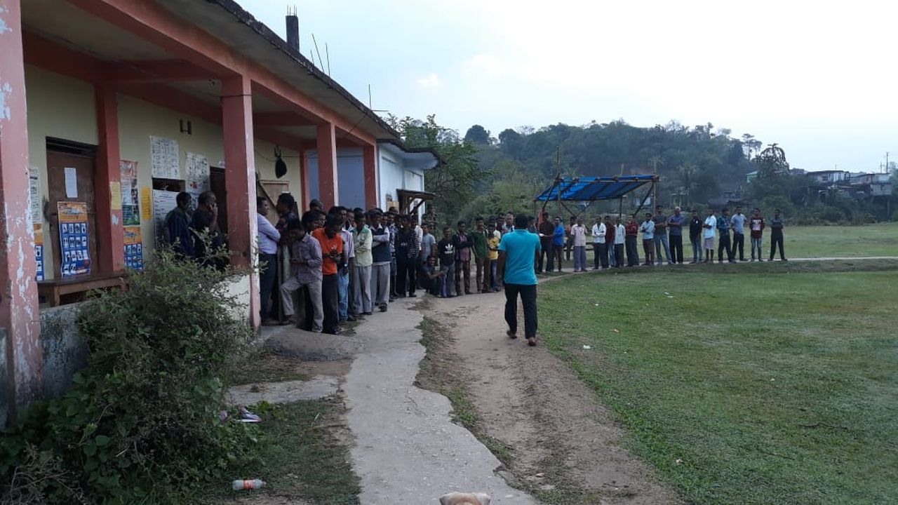 Voters standing in a queue to cast votes in the first phase of Lok Sabha polls 2019 in Meghalaya. (Image: Twitter/@SpokespersonECI)