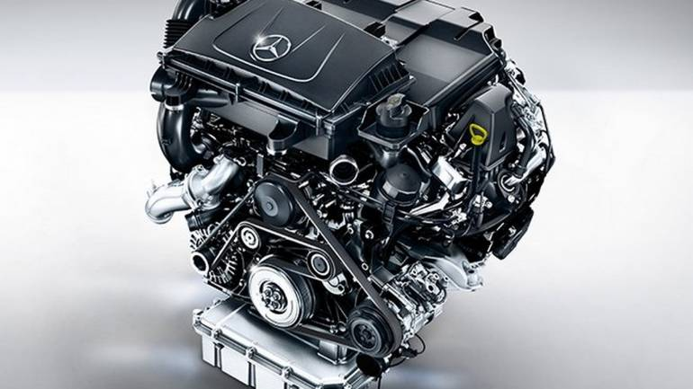 The V-Class is available in three four-cylinder diesel engine options. Their power output varies from 100kW to 120kW and are mated to a six-speed manual transmission as standard.