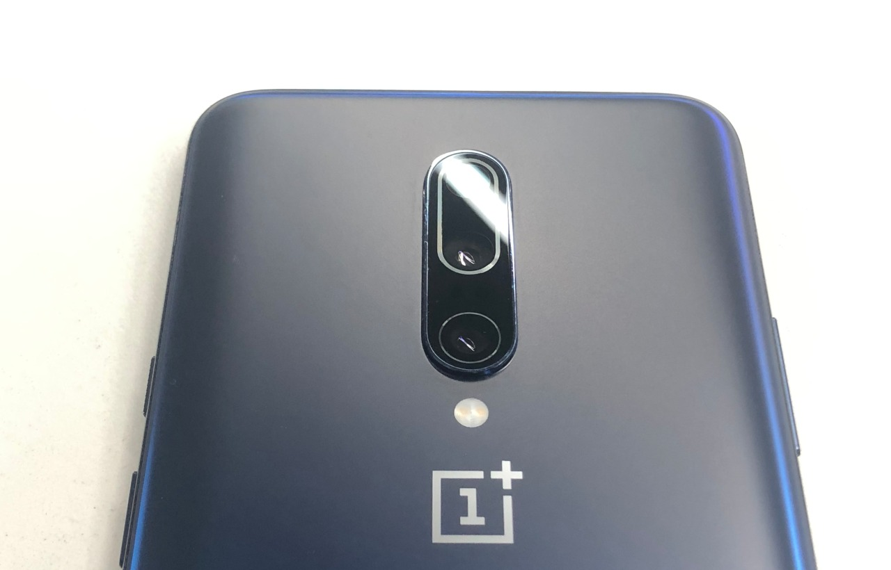 Camera | The OnePlus 7 has a dual camera setup with a 48MP f/1.7 primary sensor and a 5MP secondary sensor. For selfies, the smartphone comes with a ____MP sensor that also supports face unlock. The 7 Pro has ratcheted up to a triple rear camera setup, its primary camera having a 48MP (Sony IMX586 sensor) f/1.6 sensor with OIS and EIS. The other two sensors include a 16MP 117-degree ultra-wide angle with an aperture of f/2.2 and an 8MP 3x telephoto sensor with an aperture of f/2.4. The Pro sports an all-screen front with a motorised pop-up selfie camera that has a (Sony IMX471) sensor. (Image: Moneycontrol)