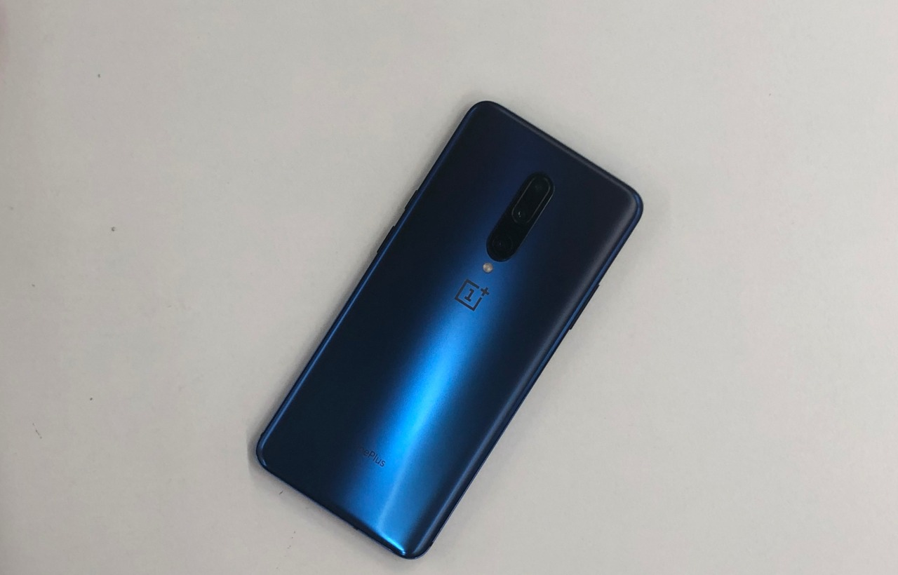 Connectivity, price and colours | Both phones sport 4G, VoLTE, Bluetooth 5.0, GPS, USB Type-C connectivity options amongst others. Both phones will be available in India from May 17 onwards, with the 6GB + 128GB variant of the OnePlus 7 to be priced at Rs _____ ,whereas the higher end 8GB + 256GB variant available for Rs ________.The OnePlus 7 Pro has been launched in India for Rs ___ for the 6GB + 128GB variant whereas the 8GB + 256GB variant and 12GB + 256GB variant have been priced at Rs ___ and Rs ___ respectively. The phones would be available in Nebula Blue, Mirror Gray, and Almond colours. (Image: Moneycontrol)