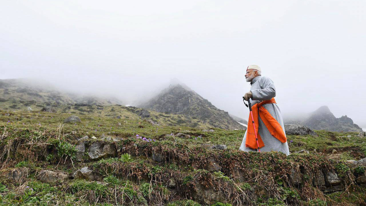 PM Modi after paying obeisance at Kedarnath Temple, during his two-day pilgrimage to Himalayan shrines. (Image: PTI)