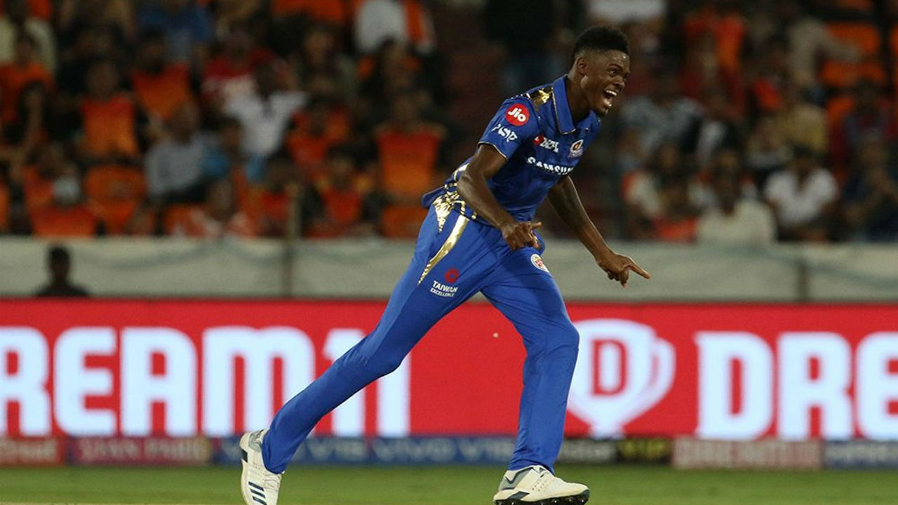 Alzari Joseph splendid debut | Young Alzari Joseph made his IPL debut for Mumbai Indians in a match against Sunrisers Hyderabad. Joseph claimed the best bowling figures in IPL's history - 6/12 - bettering Sohail Tanvir's 6/14 registered in the inaugural edition in 2008.