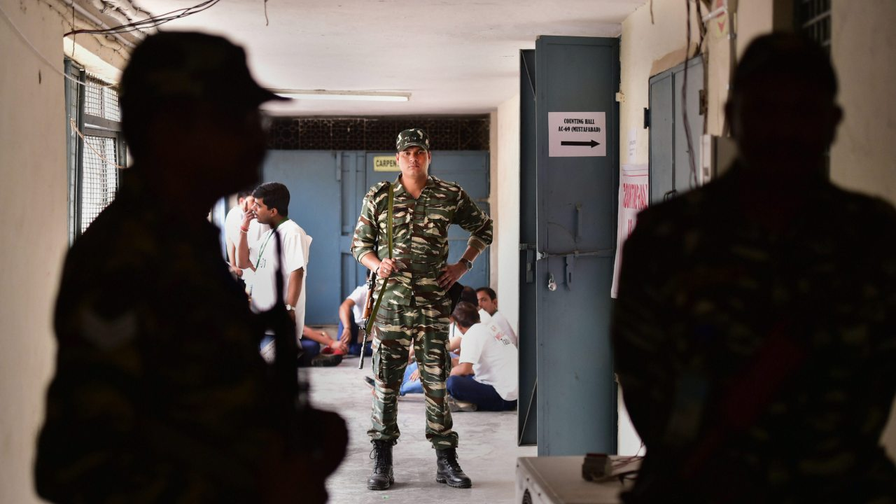 Army: Security personnel stand guard outside Nand Nagri counting centre during the counting of votes for the 2019 Lok Sabha elections, in East Delhi. (PTI)