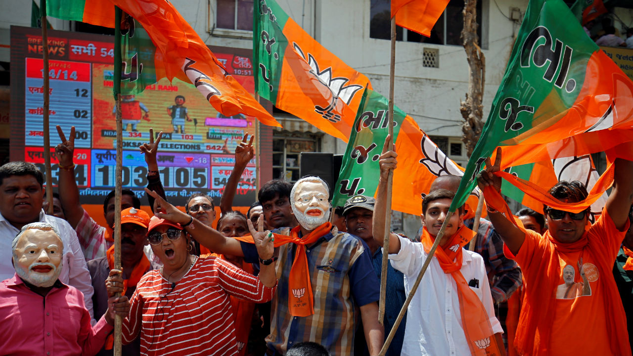 Lok Sabha Election Result 2019: BJP supporters celebrate after trends indicate clean sweep for NDA