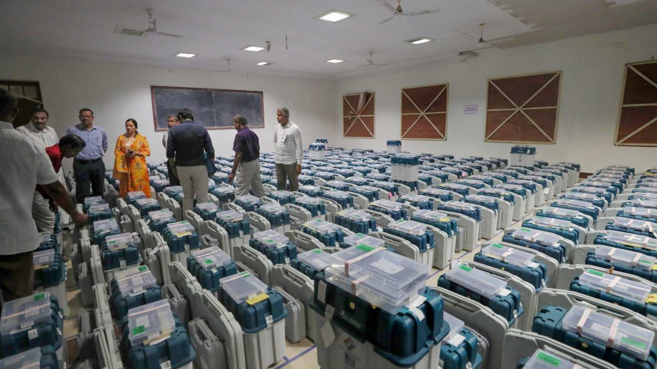 EVMs are being picked for the counting of votes at a counting centre for the Lok Sabha elections 2019, in Coimbatore (PTI)