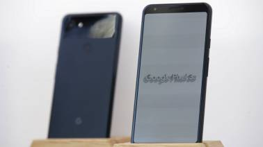 Some Google Pixel 3a users are reporting design flaws in their smartphone