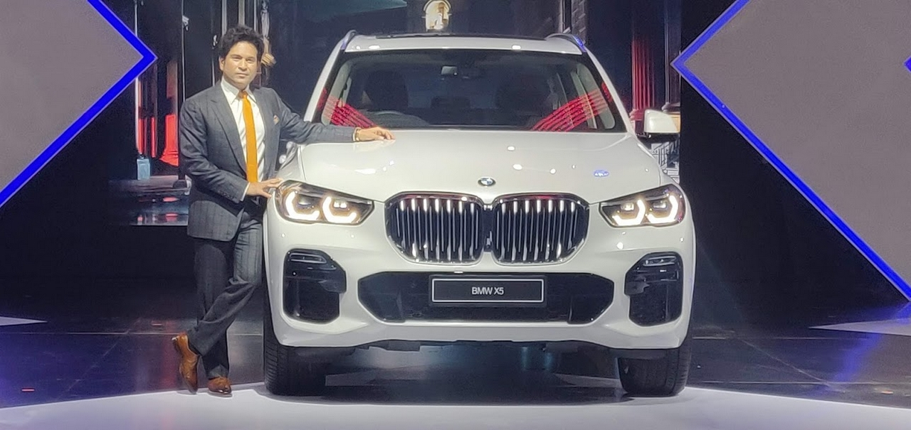 Cricket legend Sachin Tendulkar was a part of the event to present the updated BMW X Series (Image: Moneycontrol)