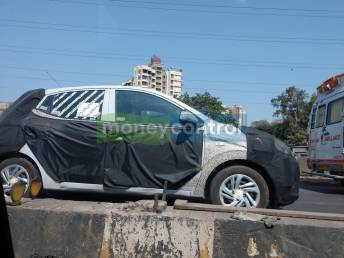 Exclusive: Hyundai Grand i10 facelift spotted in Mumbai