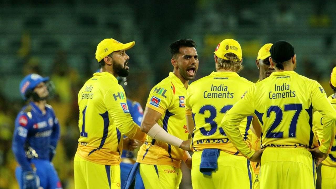 CSK started the second innings in style as Deepak Chahar dismissed Rohit Sharma in just the 1st over of MI chase.