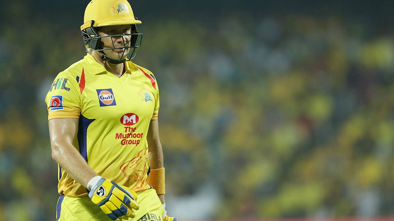 CSK were off to a sedate start as their opener Shane Watson was dismissed on a duck by Jagadeesha Suchith in just the 4th over of the match. CSK were 4/1.