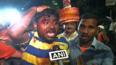 Violent clashes, arson mar Amit Shah's Kolkata jamboree