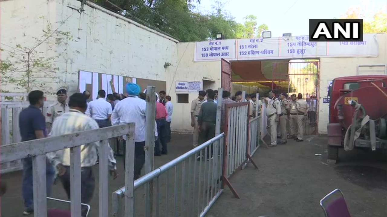 Security personnel gear up for counting of votes in the 2019 Lok Sabha elections in Madhya Pradesh. (Image: ANI)